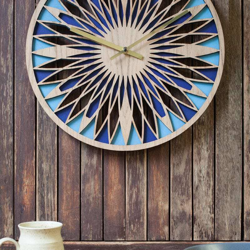 39cm layered retro clock in oak