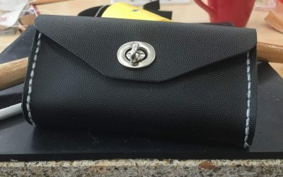 How to make a leather clutch bag