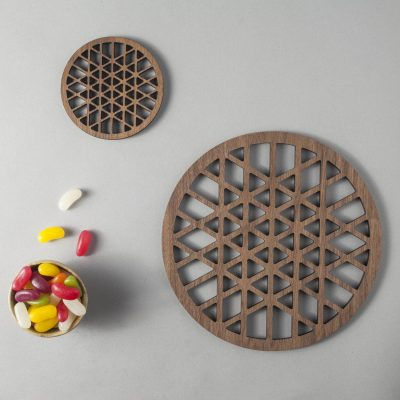 Trigrid pattern walnut drinks coasters, geometry