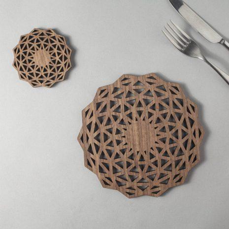 Whisky (complex) walnut drinks coasters, geometric